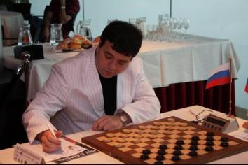 Александр Шварцман. Многократный чемпион мира по русским, международным и бразильским шашкам